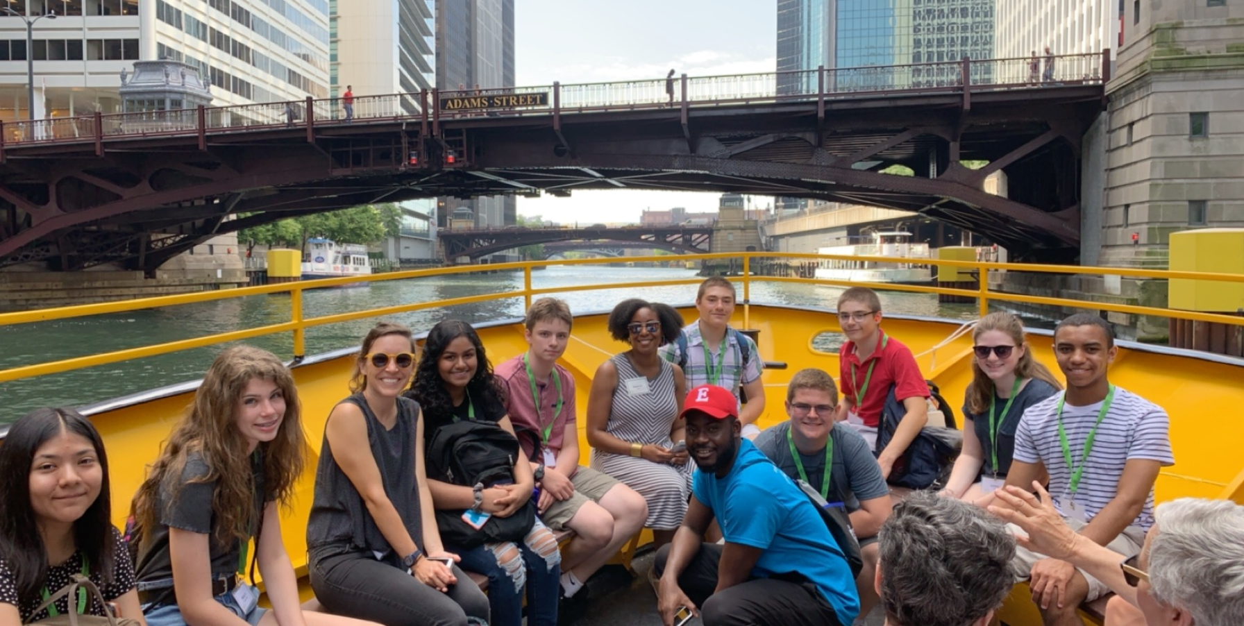 Image of students on boat on the Chicago River