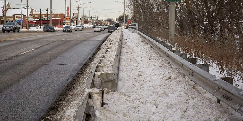 Snow on an arterial road in the Chicago region.